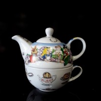 Alice in Wonderland Tea For One