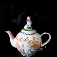 Alice Tea Pot ( Thru the looking glass )