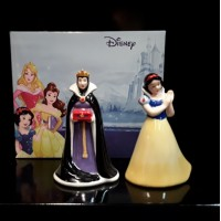 Snow  White  & Evil Queen salt & Pepper Shaker